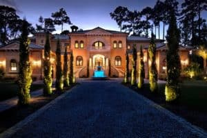 Photo Of An Italian Style House Set The Southern United States Represents The Kind Of Luxury Accommodation The Patrons Caddy Offers.